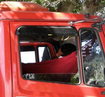 Conheça 5 direitos dos caminhoneiros garantidos por lei que nem sempre são cumpridos